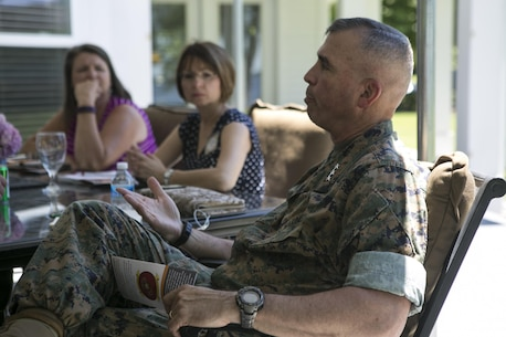 """Lt. Gen. John E. Wissler, commander of U.S. Marine Forces Command, attends a """"Protect What You've Earned"""" meeting with Family Readiness Officers from II Marine Expeditionary Force at Camp Lejeune, N.C., June 8, 2016. (U.S. Marine Corps photo by Lance Cpl. Samantha A. Barajas)"""