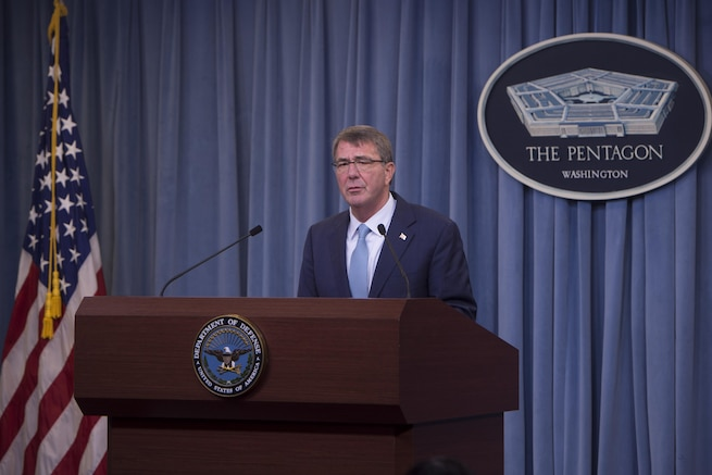 Defense Secretary Ash Carter announces a new Defense Department transgender policy during a briefing at the Pentagon, June 30, 2016. DoD photo by Navy Petty Officer 1st Class Tim D. Godbee