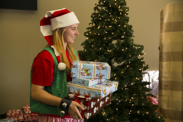 ASYMCA hosts Christmas You Missed > Marine Corps Air Ground Combat ...