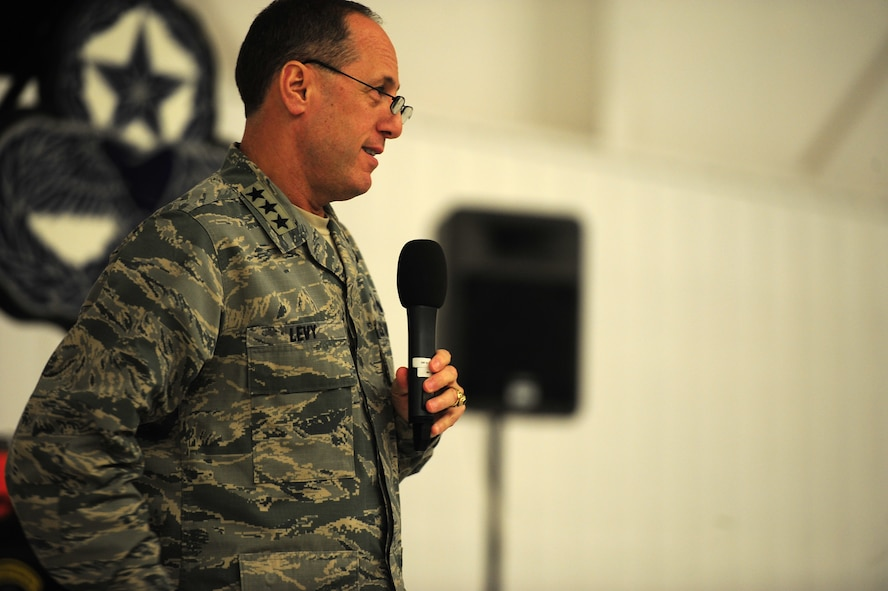 Lt. Gen. Lee K. Levy II, Commander Air Force Sustainment Center, Air Force Materiel Command, speaks with Airmen assigned to the 27th Special Operations Maintenance Group during the Maintenance Professional of the Year banquet Feb. 26, 2016, at Cannon Air Force Base, N.M. The MPOY banquet is an annual event where all the squadrons within the 27th MXG come together to celebrate individual and team achievements. (U.S. Air Force photo/Tech. Sgt. Manuel Martinez)