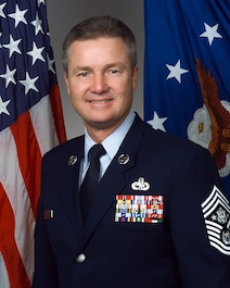 Photograph of CMSAF Gerald R. Murray Jul 2002 - Jun 2006