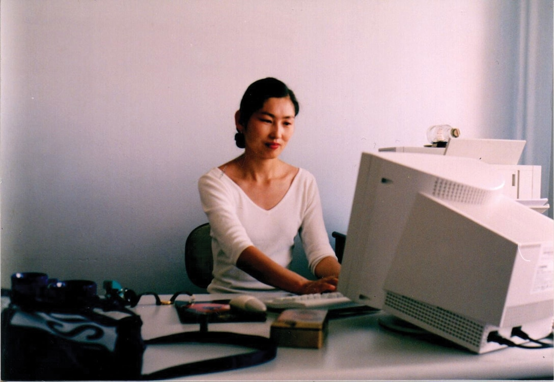 Oyungerel Tsedevdamba setting up an office for the Liberty Center, a human rights watchdog, in August 2000. She served as its Executive Director from 2000 – 2004.