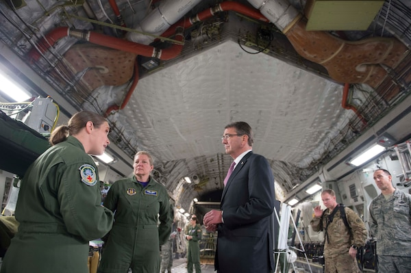 Defense Secretary Ash Carter speaks with troops assigned to the 62nd Airlift Wing at Joint base Lewis-McChord, Wash., March 4, 2016. DoD photo by Navy Petty Officer 1st Class Tim D. Godbee