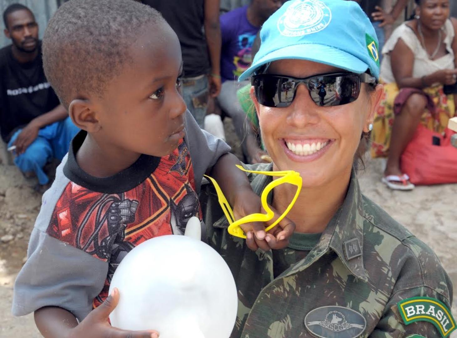 Brazilian female peacekeeper in Haiti
