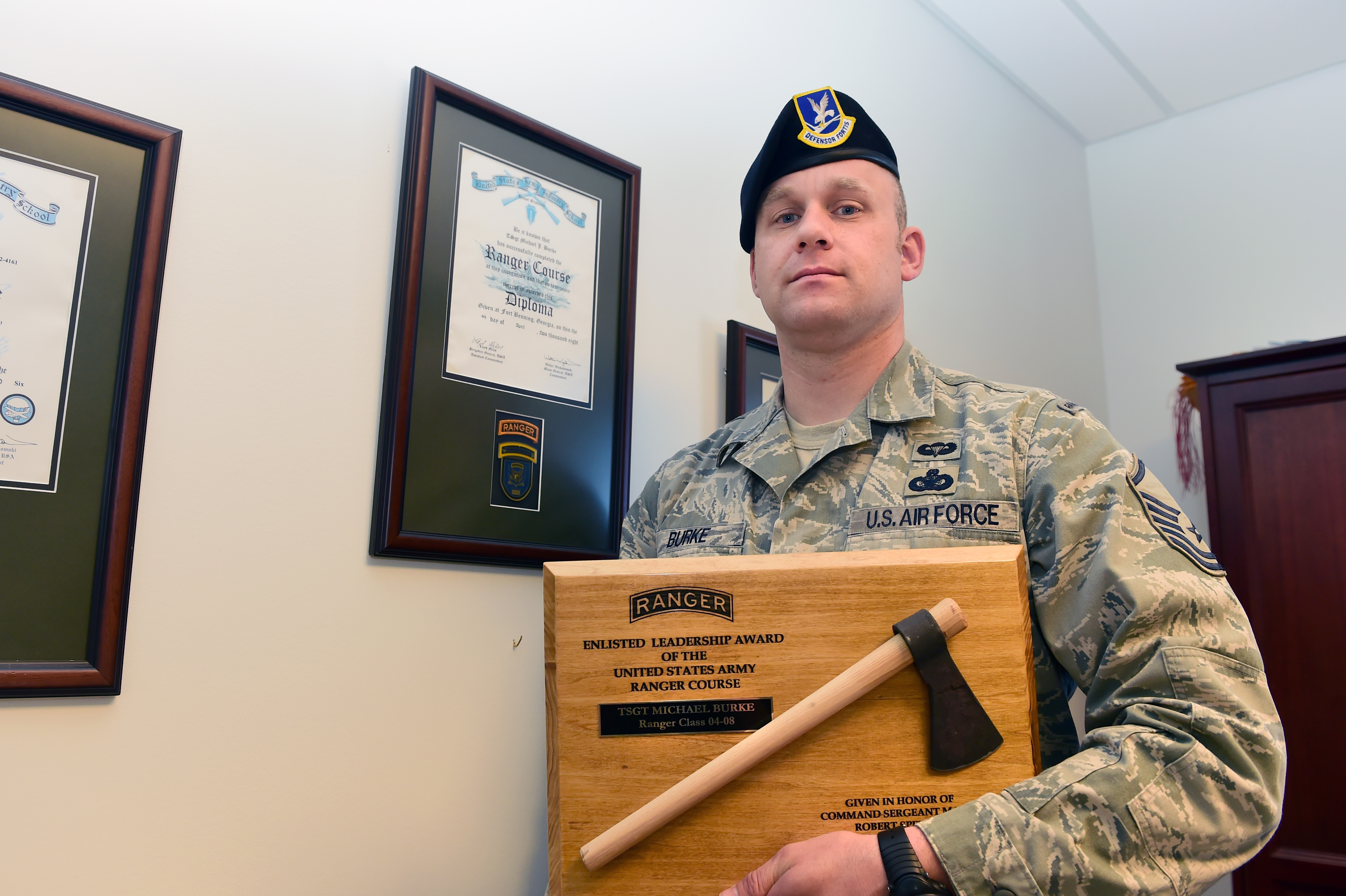 rare opportunity allows master sgt to lead the way > buckley air  rare opportunity allows master sgt to lead the way