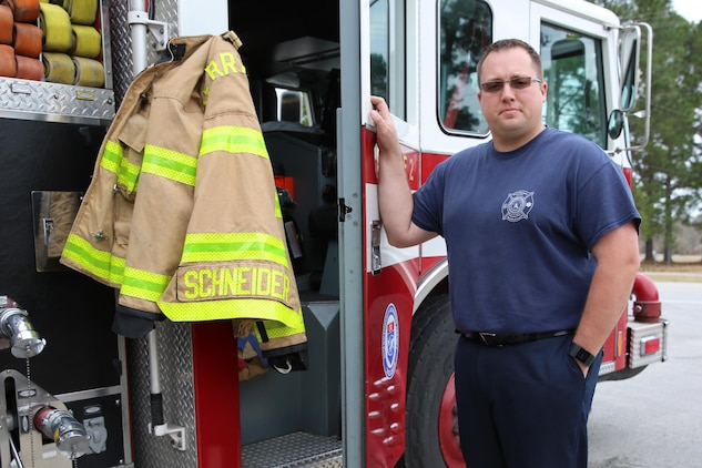 dustin j schneider a firefighter at marine corps air station cherry point nc