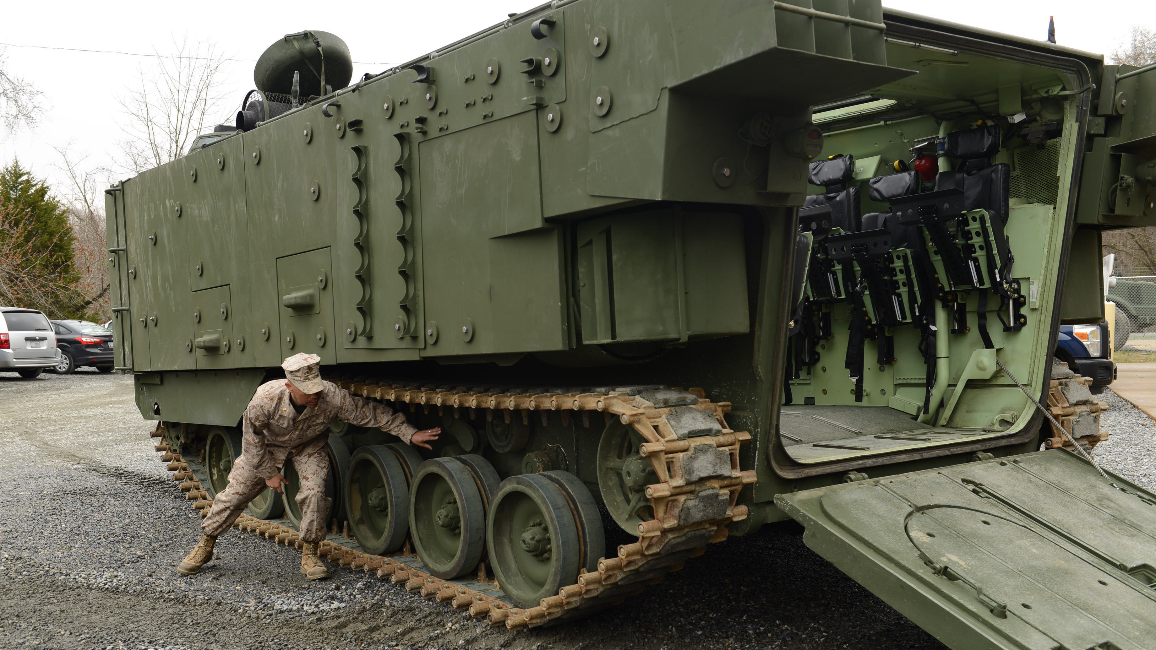 Marine Corps Demonstrates Upgraded Aav Marine Corps Forces Command Marine Corps News