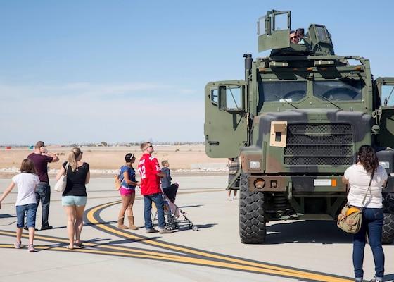 Mcas Yuma Hosts Patriot Festival Gt Marine Corps Air