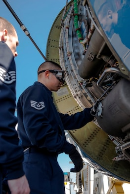 Staff Sgt. Lawrence Lin, a 89th Maintenance Group flying crew chief, inspects engine compartments of an 89th Airlift Wing C-32A Executive Transport at Travis Air Force Base, Calif., Sept. 14, 2015. As an FCC, Lin is responsible for on- and off-station maintenance of 1st Airlift Squadron C-40B Clipper and C-32A aircraft. (U.S. Air Force photo/Senior Master Sgt. Kevin Wallace)