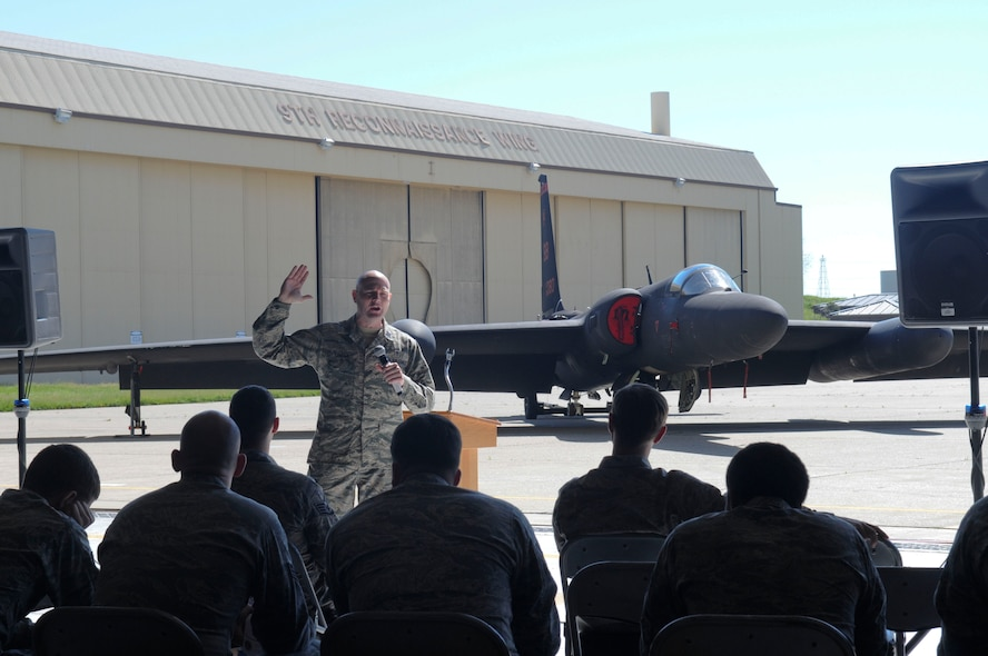 """Chaplain (Capt.) Timothy Tangen, 9th Reconnaissance Wing chaplain, speaks at the inaugural Airman 2 Airman Prayer Lunch on Beale Air Force Base, California, Mar. 17, 2016. The Beale Chaplain Corps Team held a luncheon for the airmen of team Beale. """"Airman 2 Airman"""" is a Beale Chapel initiative to stand shoulder to shoulder with Airmen creating meaningful engagement through intentional, relational and strategic wingmanship. (U.S. Air Force photo by Senior Airman Michael Hunsaker)"""