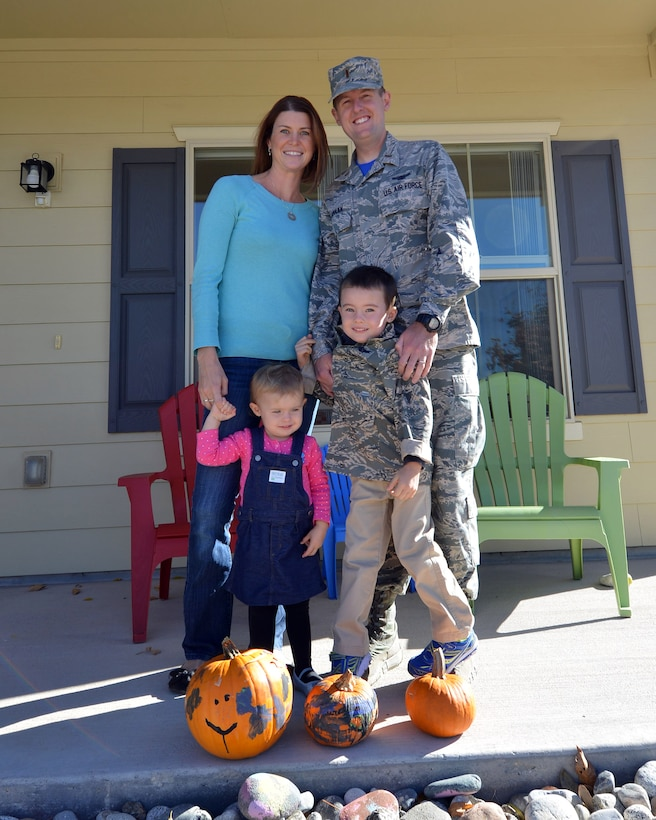 Janell Canaan is a key spouse for the 1st Space Operations Squadron and a stay-at-home mother of two. As a key spouse, Canaan provides support to other military families on the installation. (U.S. Air Force photo/Staff Sgt. Debbie Lockhart)