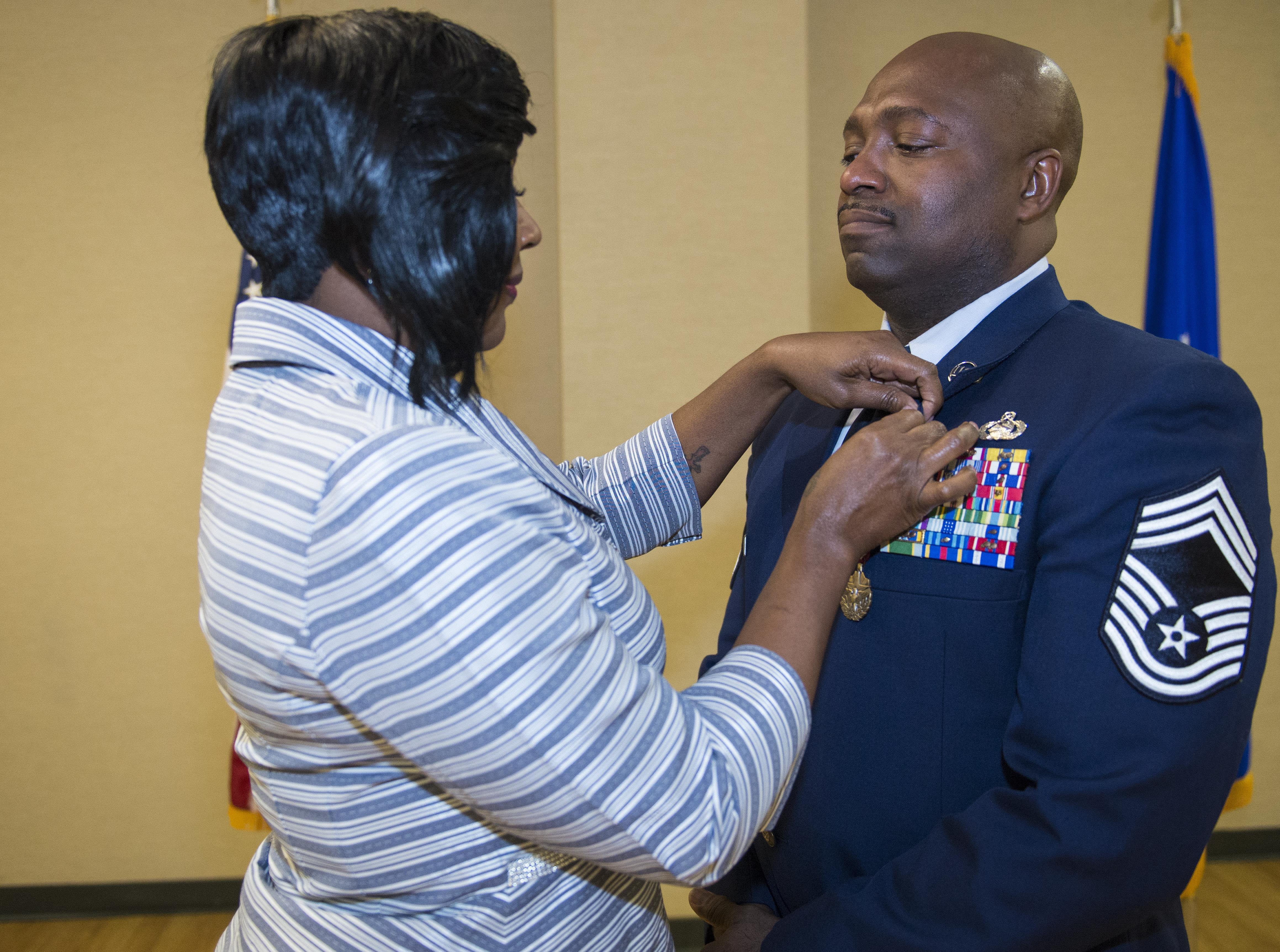 Photos teresa freeman wife of us air force chief master sgt samuel freeman 23d publicscrutiny Choice Image
