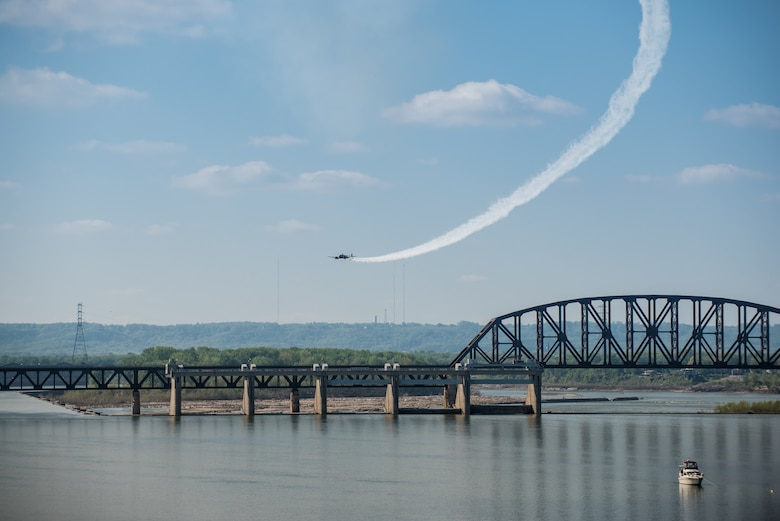 Matt Younkin performs aerobatic stunts with his Twin Beech 18 aircraft during the Thunder Over Louisville air show in downtown Louisville, Ky., April 23, 2016. The event drew an estimated crowd of 725,000 spectators to the banks of the Ohio River. (U.S. Air National Guard photo by Maj. Dale Greer)