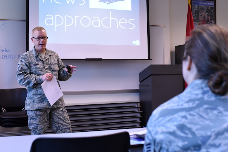 MCGHEE TYSON AIR NATIONAL GUARD BASE, Tenn. - Master Sgt. Bill Conner instructs the Smoky Short Course in broadcasting here May 3, 2016, at the I.G. Brown Training and Education Center. The five-day course includes hands-on assignments and peer-to-peer critiques aimed to develop camera skills and journalism techniques in news events. (U.S. Air National Guard photo by Master Sgt. Mike R. Smith/Released)