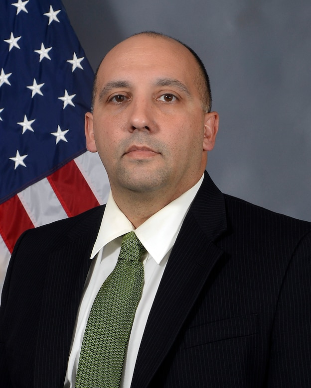 Reserve Special Agent Michael Cordiviola of Air Force Office of Special Investigations Procurement Fraud Detachment 5, Operating Location-C, MacDill Air Force Base, Fla., will be presented the Inspector General Award for Public Safety May 23 for his heroic actions locating and neutralizing a shooting suspect. (U.S. Air Force photo)