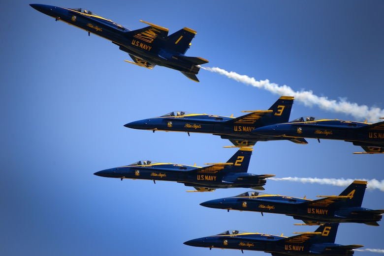 The U.S. Navy Blue Angels Flight Demonstration Team perform at the 2016 Smoky Mountain Air Show in Knoxville, TN. (U.S. Air National Guard photo by Master Sgt. Kendra M. Owenby, 134 ARW Public Affairs)