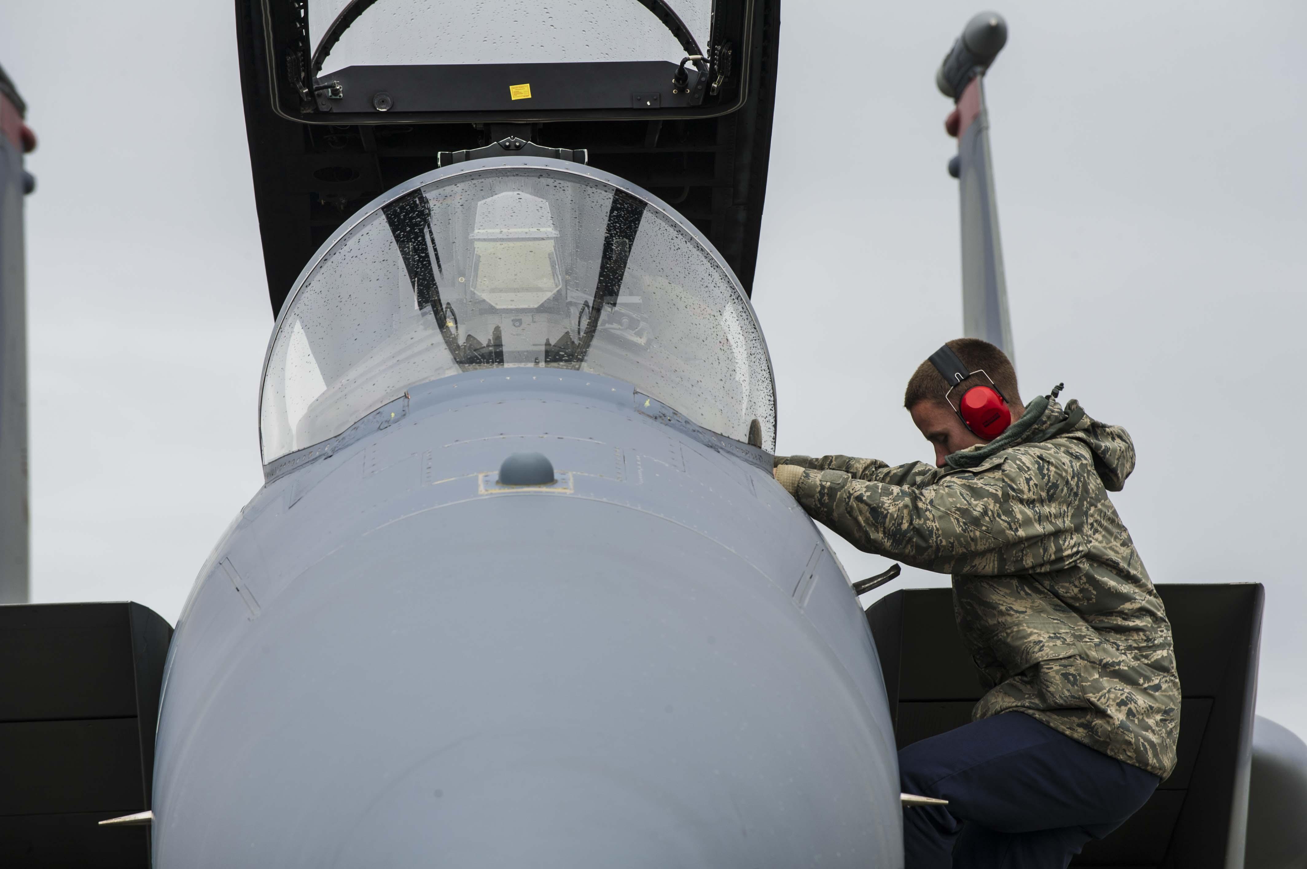 67th Aircraft Maintenance Unit kicks it into high gear