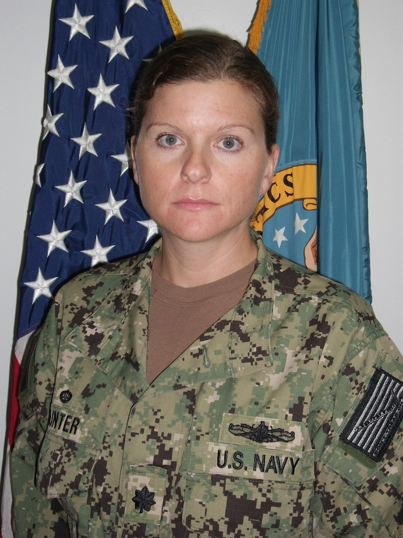 Navy Cmdr. Julie Hunter, former commander of Defense Logistics Agency Distribution Bahrain, has been selected for the rank of captain.