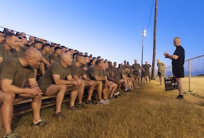 Army Command Sgt. Maj. John W. Troxell, senior enlisted advisor to the chairman of the Joint Chiefs of Staff, speaks with sailors and Marines assigned to Marine Corps Forces Pacific following an early morning physical training session in Hawaii, Feb. 10, 2016. Troxell worked out with the Marines for an hour and held a question-and-answer session following the workout. DoD photo by Navy Petty Officer 2nd Class Dominique A. Pineiro