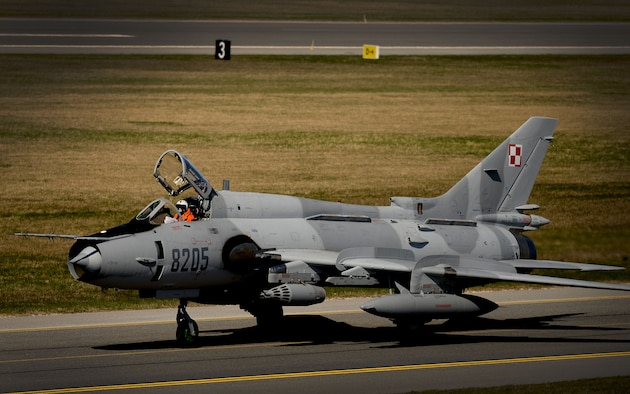 An Su-22 Fitter taxis after arrival in support of exercise Spring Storm at Amari Air Base, Estonia May 4, 2016. The Polish air force will fly with the Estonian Defense Force and the 131st Expeditionary Fighter Squadron to improve allied air operations and interoperability in a realistic training environment. (U.S. Air Force photo by Tech. Sgt. Matthew Plew/Released)