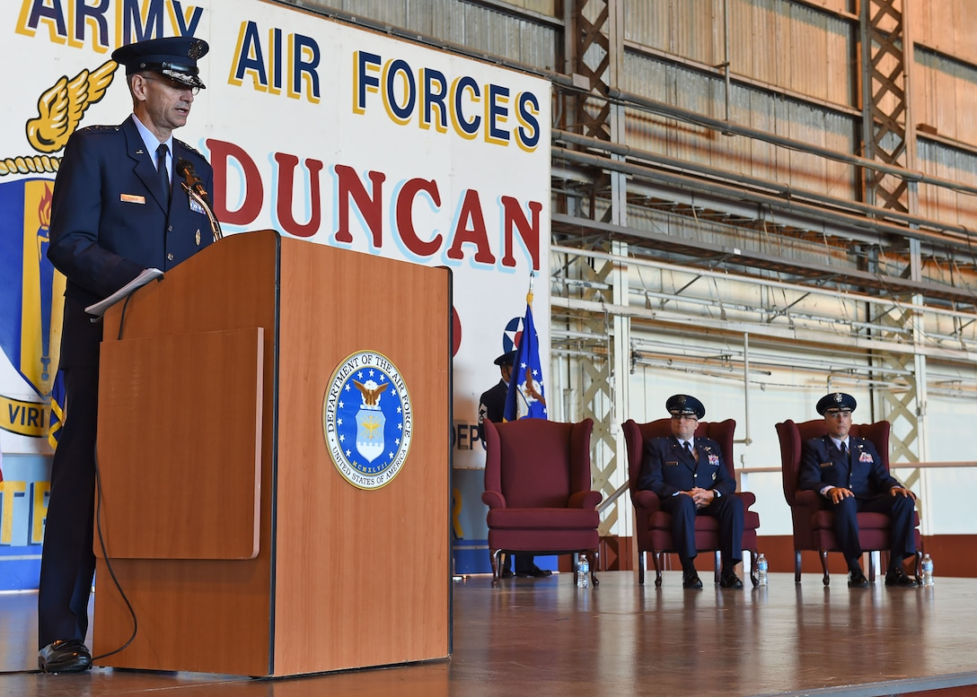 Lt. Gen. Mark A. Ediger, Surgeon General of the Air Force, speaks to members of the military medical community during the May 6 Air Force Medical Operations Agency change-of-command ceremony at nearby Port San Antonio. (U.S. Air Force photo / Tech. Sgt. Christopher Carwile.)