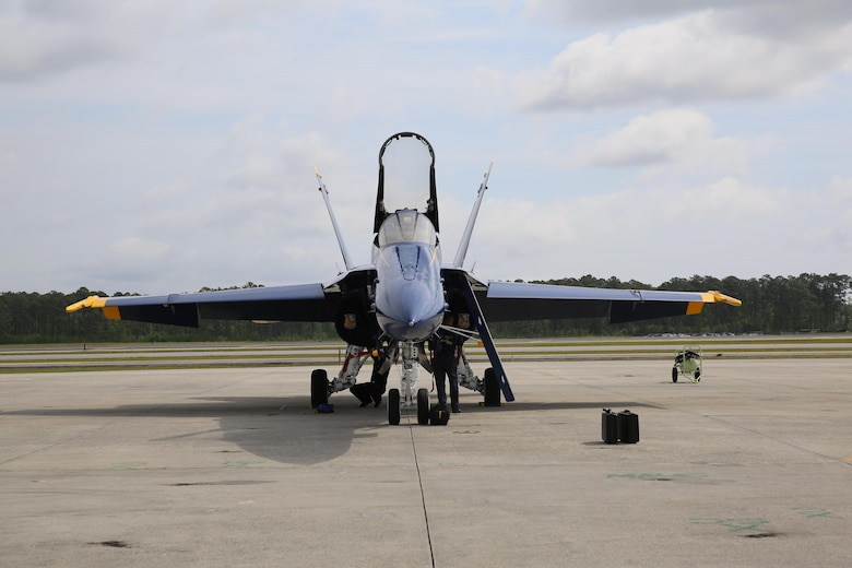 A U.S. Navy Blue Angels F/A-18 Hornet sits static on the flight line prior to the 2016 Marine Corps Air Station Cherry Point Air Show -- 