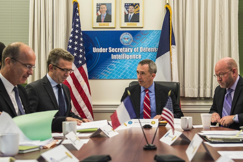 Marcel Lettre, center, undersecretary of defense of intelligence, hosts his French counterpart, Lt. Gen. Christophe Gomart, second from left, chief of defense intelligence, and other members of the French and U.S. military intelligence communities during the first meeting of the Lafayette Committee at the Pentagon, May 11, 2016. This committee, expected to meet semiannually, will provide a venue for a review and exchange of ideas on successes and challenges in defense intelligence. Army photo by Spc. Trevor Wiegel