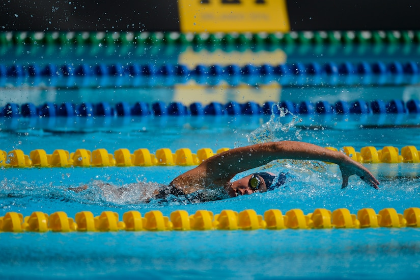 Army Sgt. Elizabeth Marks competes in the 100-meter freestyle event at the 2016 Invictus Games in Orlando, Fla., May 11, 2016. Air Force photo by Tech. Sgt. Joshua L. DeMotts