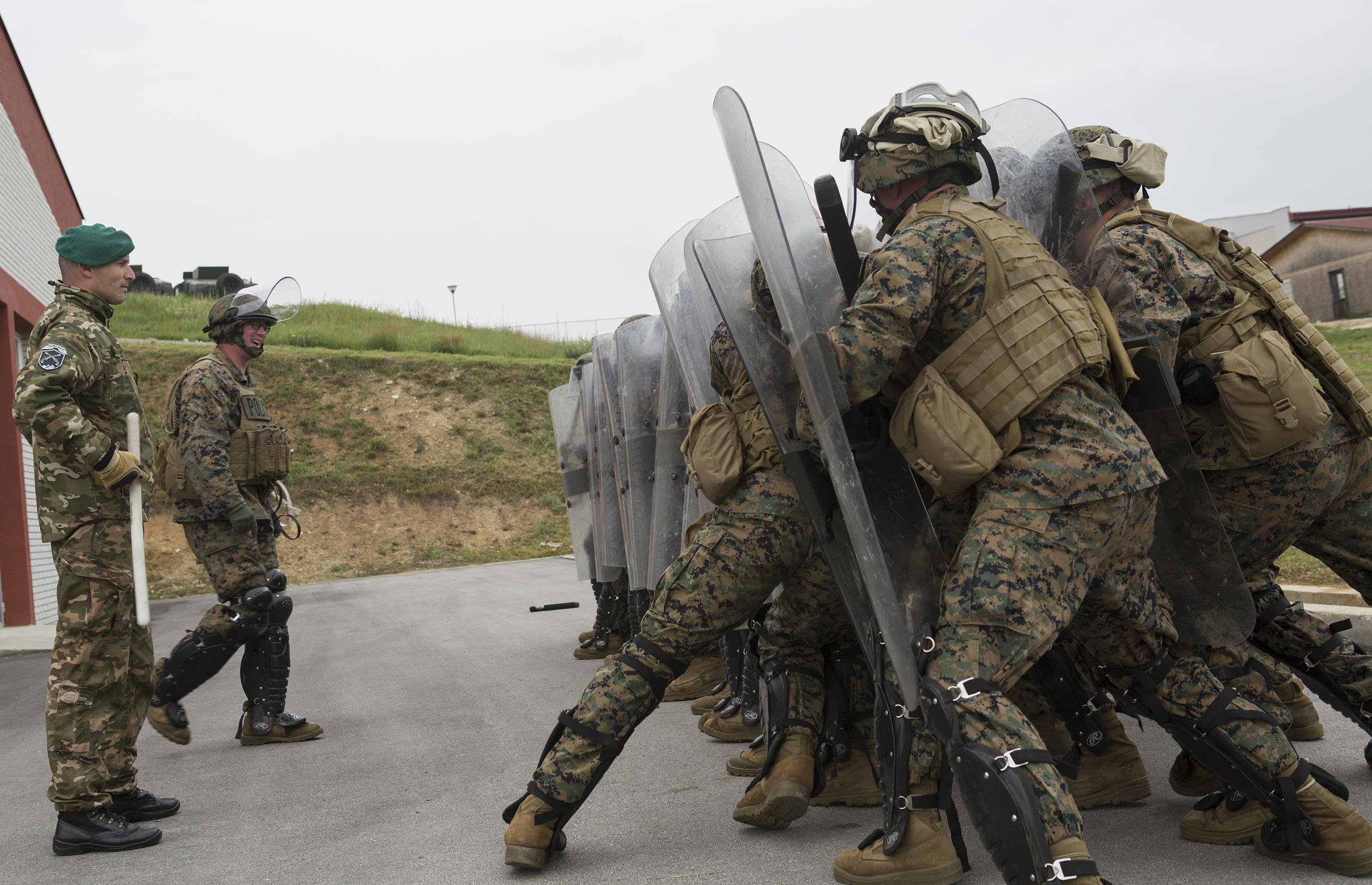 marine reserves Drill pay for national guard and reserve members is based on years of service,   individuals with questions about their military pay first should check with their.
