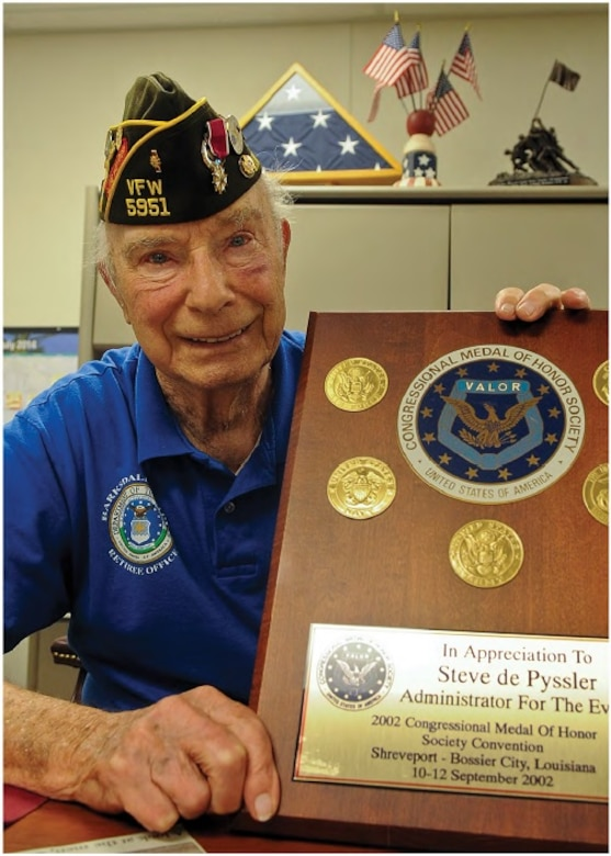 Colonel (Ret.) Steve dePyssler is a 38-year Army Air Corps and Air Force veteran. Born in 1919, he was drafted into the Army Air Corps in 1940 as World War II began. While on active duty, he served as every enlisted, warrant officer and officer grade up to O-6. (U.S. Air Force photo by Senior Airman Kristin High)