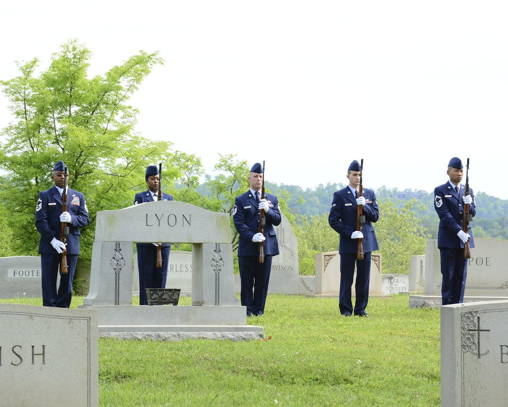 """Honor Guard from the 117th Air Refueling wing conducts rifle salute during an annual ceremony at the gravesite of Thomas """"Pete"""" Ray as Lt. Col.Michael Metcalf laid a wreath in his honor. (U.S. Air National Guard photo by: Senior Master Sgt. Ken Johnson/Released)"""
