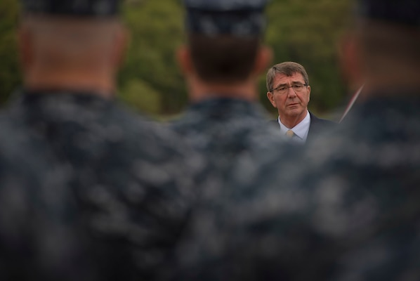 Defense Secretary Ash Carter speaks to sailors.