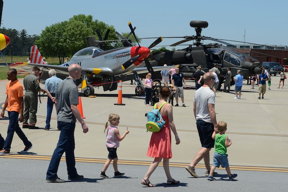 Swamp Fox Airmen and families gather during the 169th Fighter Wing Family Day for fun and fellowship at McEntire Joint National Guard Base, S.C., May 14, 2016. Local businesses and base support programs, provided food and event activities to show their appreciation for the continued service of South Carolina Air National Guard and 169th Fighter Wing families and Airmen. (U.S. Air National Guard photo by Senior Master Sgt. Edward Snyder)
