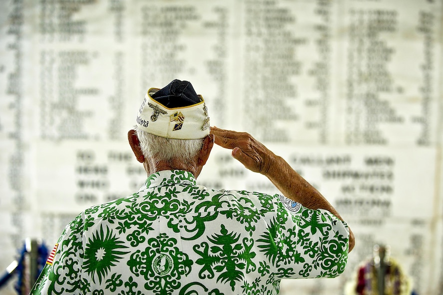 Retired Army Command Sgt. Maj. Sterling R. Cale, a 90-year-old Pearl Harbor survivor, taking a moment in the shrine room of the USS Arizona Memorial.