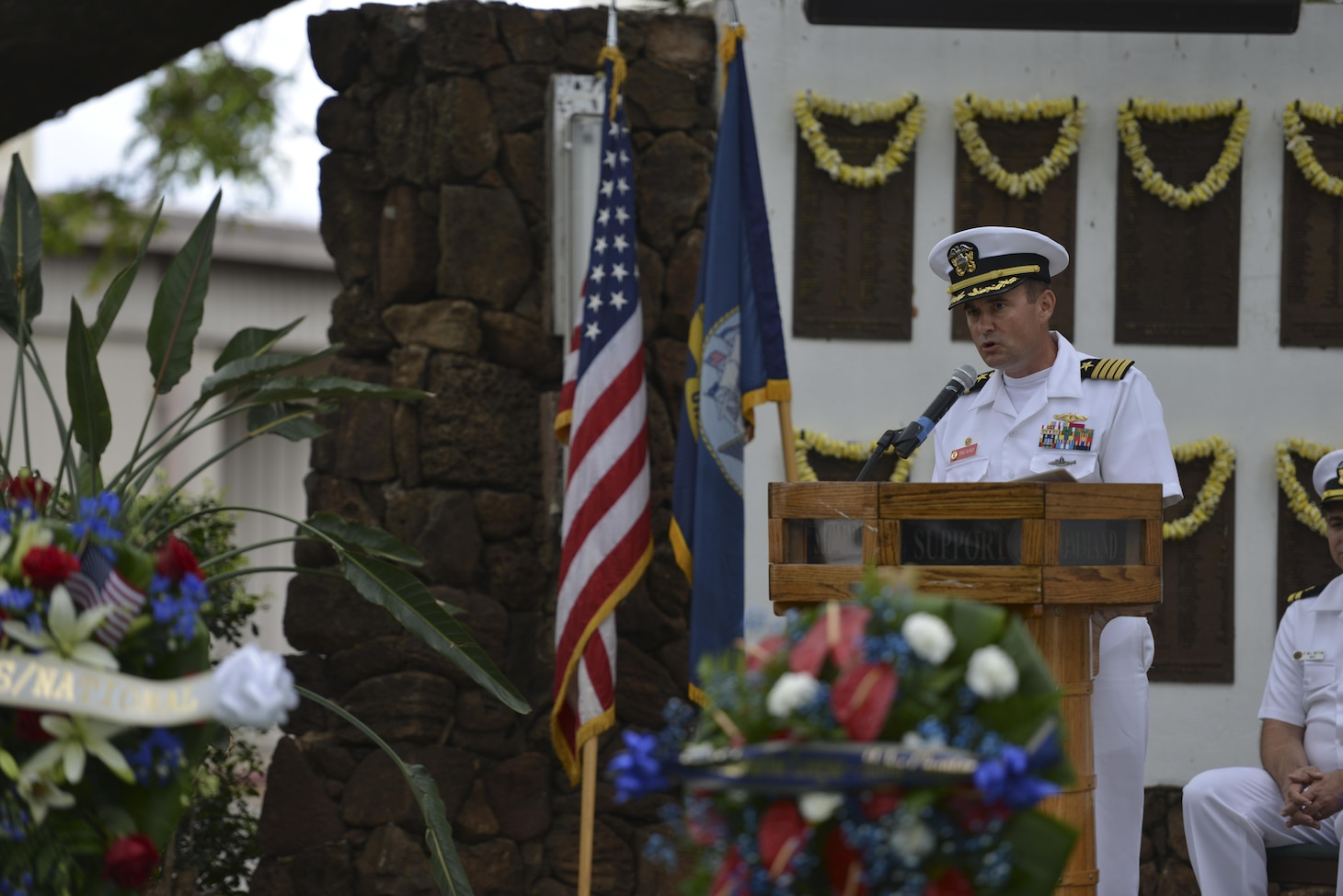 160530-N-LY160-895