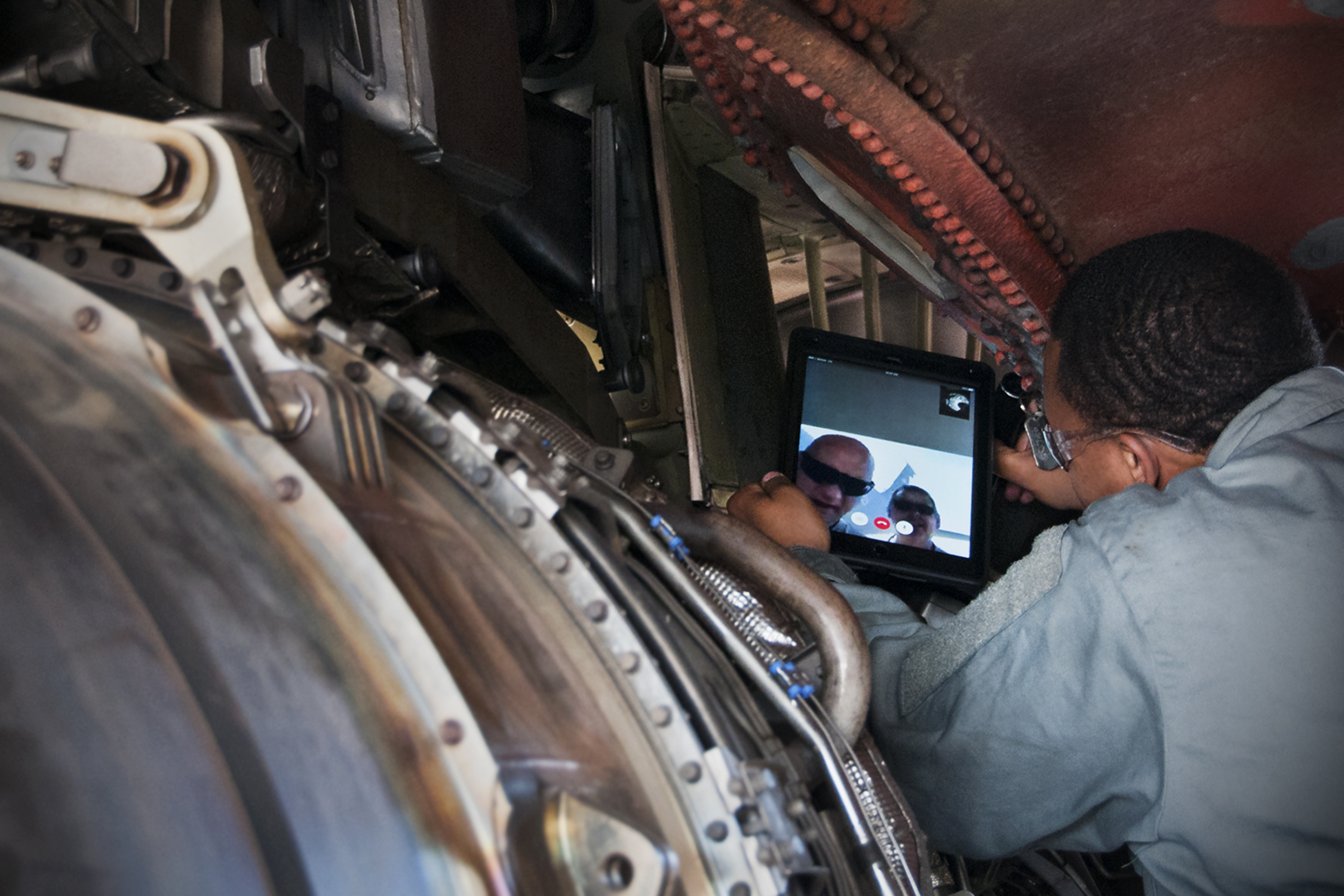 459th maintenance group aerospace propulsion jet engine mechanic