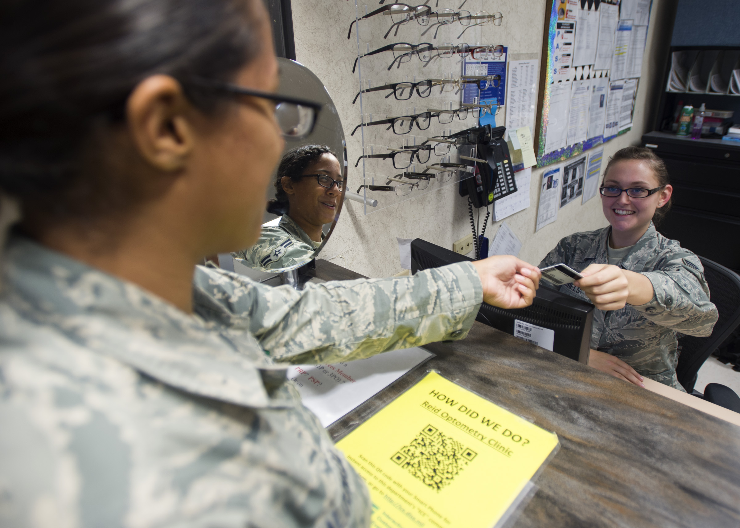 Optometry More Than Meets The Eye Gt 59th Medical Wing
