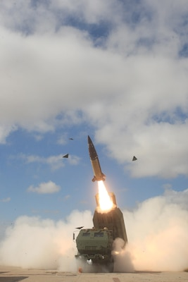 The Arkansas Army National Guard's 1st Battalion, 142nd Field Artillery team fired an Army Tactical Missile System at White Sands Missile Range, N.M., July 10, 2015. Arkansas Army National Guard photo