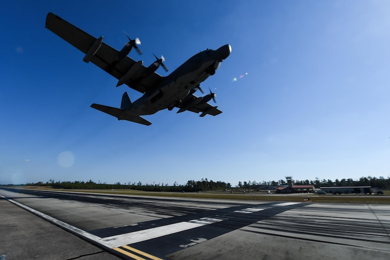 An MC-130H Combat Talon II takes off during Task Force Exercise Southern Strike at Camp Shelby, Miss., Oct. 29, 2016. The 1st Special Operations Wing provided air support to Joint Special Operations Forces during Southern Strike. (U.S. Air Force photo by Senior Airman Jeff Parkinson)