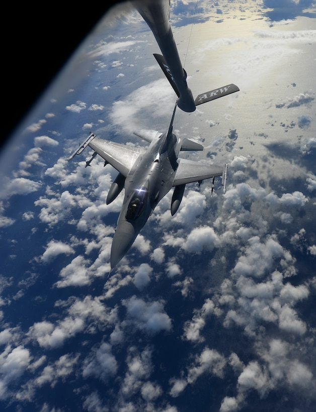 A U.S. Air Force F-16 Fighting Falcon assigned to the 31st Fighter Wing, Aviano Air Base, Italy, breaks away after receiving fuel over the Mediterranean Sea from a KC-135 Stratotanker assigned to the 100th Air Refueling Wing, RAF Mildenhall, England, during Exercise Tonnerre Lighting Nov. 9, 2016. Training exercises such as Tonnerre Lightning enable the U.S., U.K., and France to enhance their mutual abilities to work together toward regional security. (U.S. Air Force photo by Staff Sgt. Micaiah Anthony)