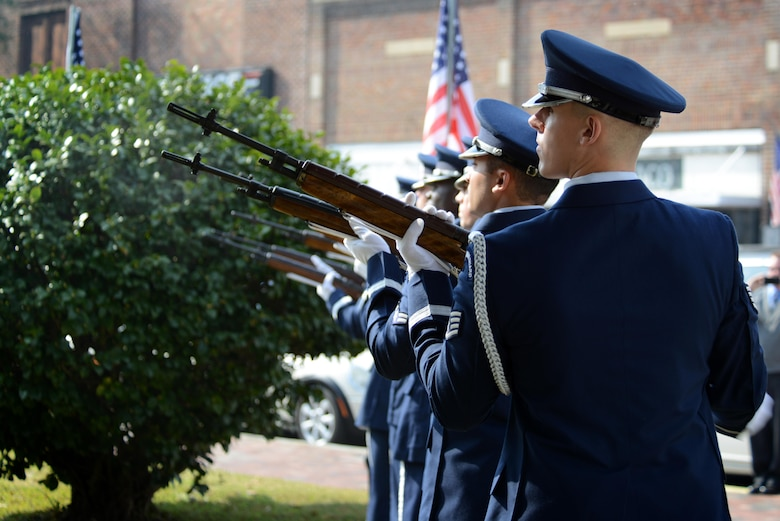 Members of the 20th Force Support Squadron Honor Guard fire a 3-volley rifle salute during a Veterans Day ceremony, Sumter, S.C., Nov. 11, 2016. The 3-volley rifle salute, often confused with the 21-gun salute, is a traditional act performed at military ceremonies and funerals. (U.S. Air Force photo by Airman 1st Class Kelsey Tucker)
