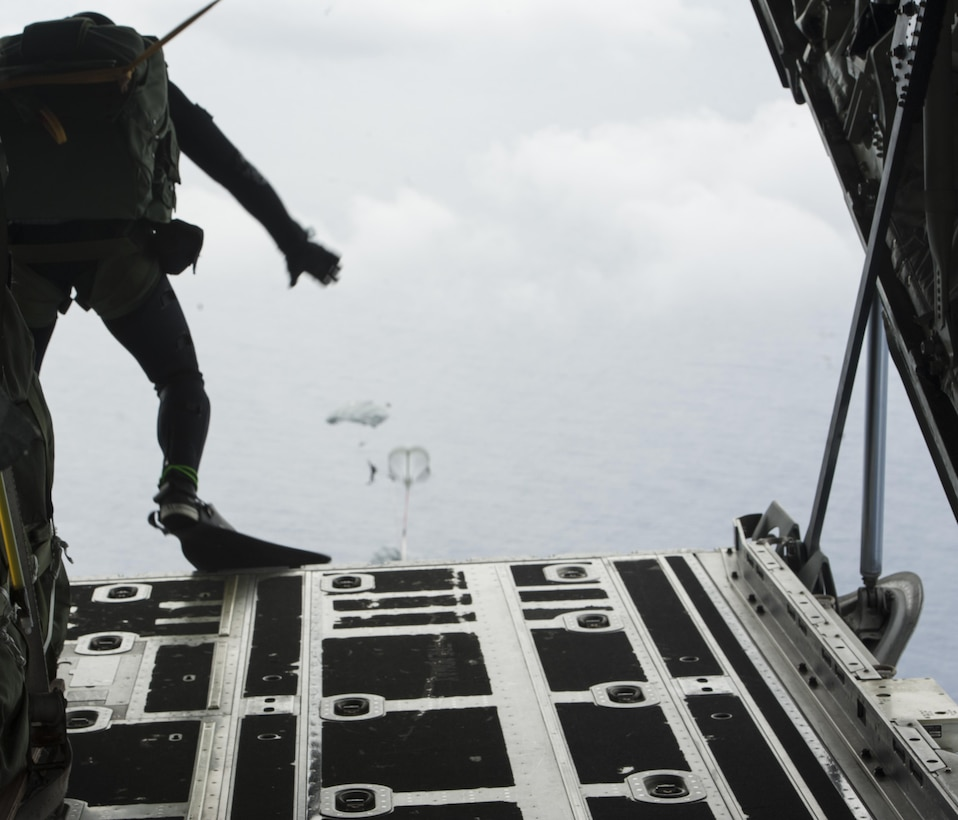 Japan Air Self-Defense Force pararescuemen jump out of an MC-130J Commando II during Exercise Keen Sword 17 Nov. 10, 2016, off the coast of Okinawa, Japan. Exercises like Keen Sword are a crucial demonstration of the strength of friendship between the U.S. and Japan. (U.S. Air Force photo by Senior Airman Lynette M. Rolen/Released)