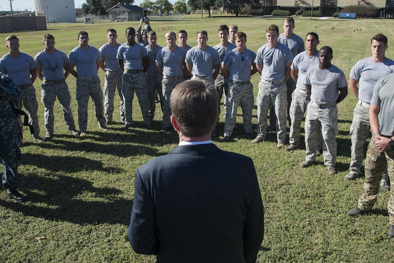 Defense Secretary Ash Carter speaks to U.S. Air Force battlefield airman trainees during his visit to Joint Base San Antonio-Lackland, Nov. 16, 2016.  Carter is on a four-day trip focusing on the readiness of the nation's force and the effectiveness of the warfighter's training and equipment.  (U.S. Air Force photo by Sean M. Worrell/Not Released)