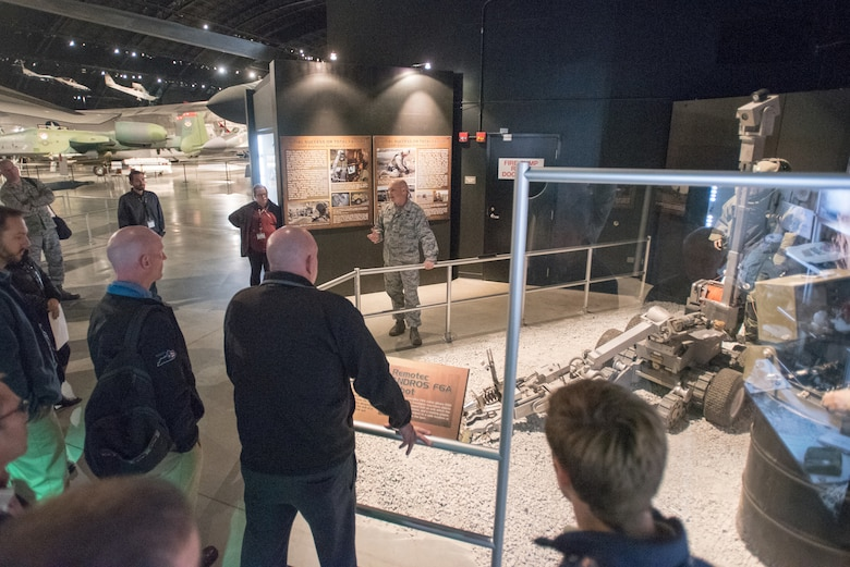 Bosslift gives civilian employers up-close look at 123rd ...