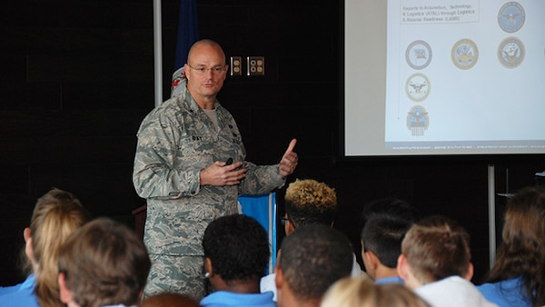 Defense Logistics Agency Aviation Commander Air Force Brig. Gen. Allan Day discusses the framework of the Department of Defense, where DLA fits in with DoD, and the DLA and DLA Aviation missions with students from the Chesterfield County Public Schools Career and Technical Education Center (Hull Street Road location). Day visited the CTC Nov. 3, 2016.