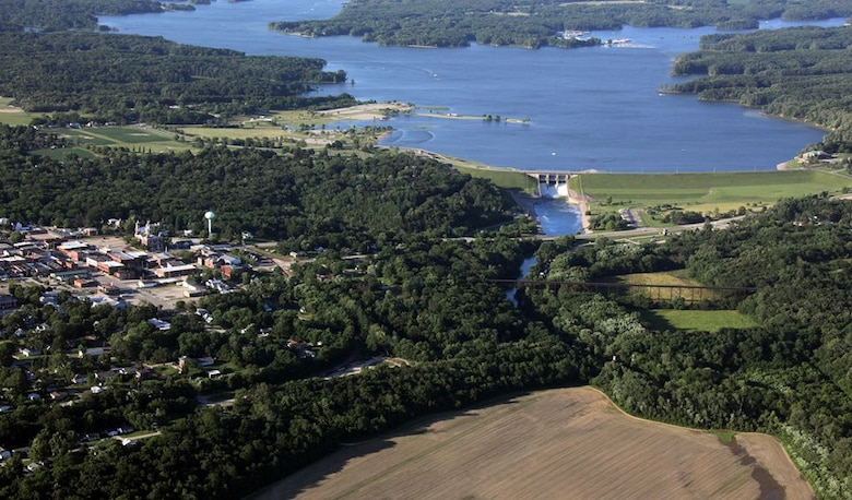 Overview of the Lake Shelbyville, Illinois, recreation area.
