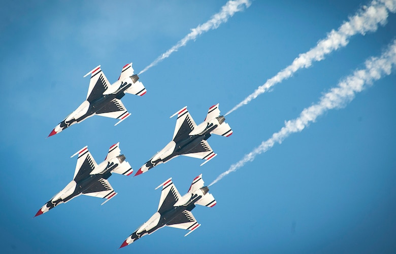 Members of the U.S. Air Force Thunderbirds Air Demonstration Squadron fly in an aerial performance during the Aviation Nation air show on Nellis Air Force Base, Nev., Nov. 11, 2016. The Thunderbirds' performance at Aviation Nation marked their final show of the 2016 season. (U.S. Air Force photo by Airman 1st Class Kevin Tanenbaum/Released)