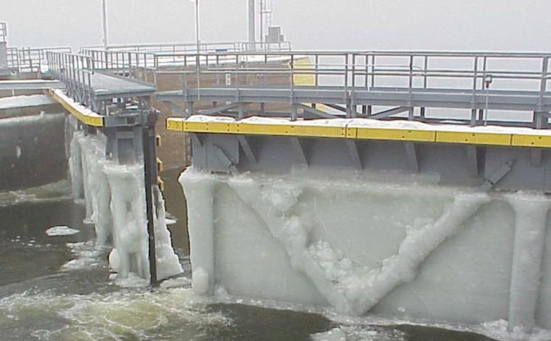 Ice buildup on a miter gate at a Mississippi River navigation lock.  (Ref: ERDC/CRREL Technical Note 03-4 )
