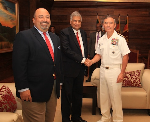 Admiral Harry B. Harris, Jr., Commander of U.S. Pacific Command, visited Sri Lanka from 27-29 to attend the Galle Dialogue 2016 maritime security conference.