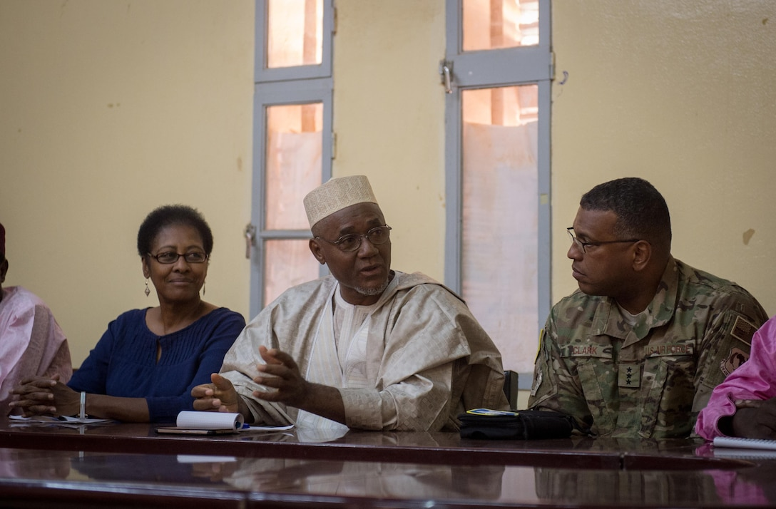 Lt. Gen. Richard Clark, 17th Expeditionary Air Force commander, attends a meeting with Sadou Soloke, governor of Agadez, Niger, during a visit to Air Base 201 in Agadez, Nov. 24, 2016. During a three day trip, Clark visited Airmen in Europe and Africa who support the Air Force's intelligence, surveillance and reconnaissance mission. This was Clark's first visit to NAS Sigonella, Niamey and Agadez as 17th Expeditionary Air Force commander. (U.S. Air Force photo by Tech. Sgt. Ryan Crane)